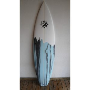 Prancha de Surf 5'11 Momentum - Model Black Tip - PN-339