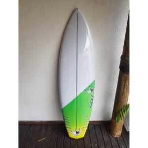 Prancha de Surf TBS Rock it 5'11'' x 32 Litros PN-157